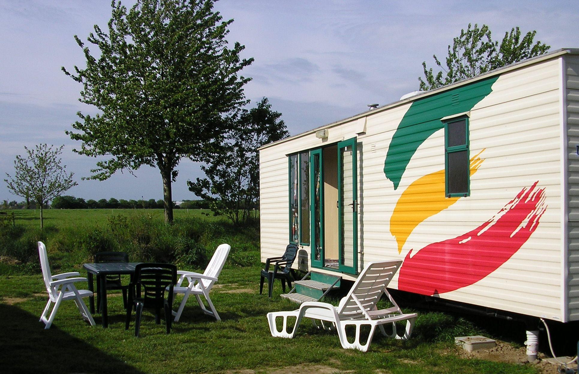 domaine naturiste pallieter in bourseul frankreich. Black Bedroom Furniture Sets. Home Design Ideas